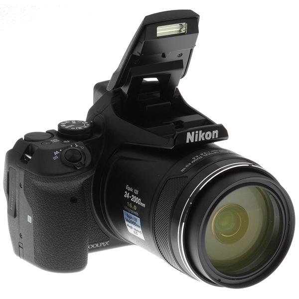 Nikon Super Zoom P900
